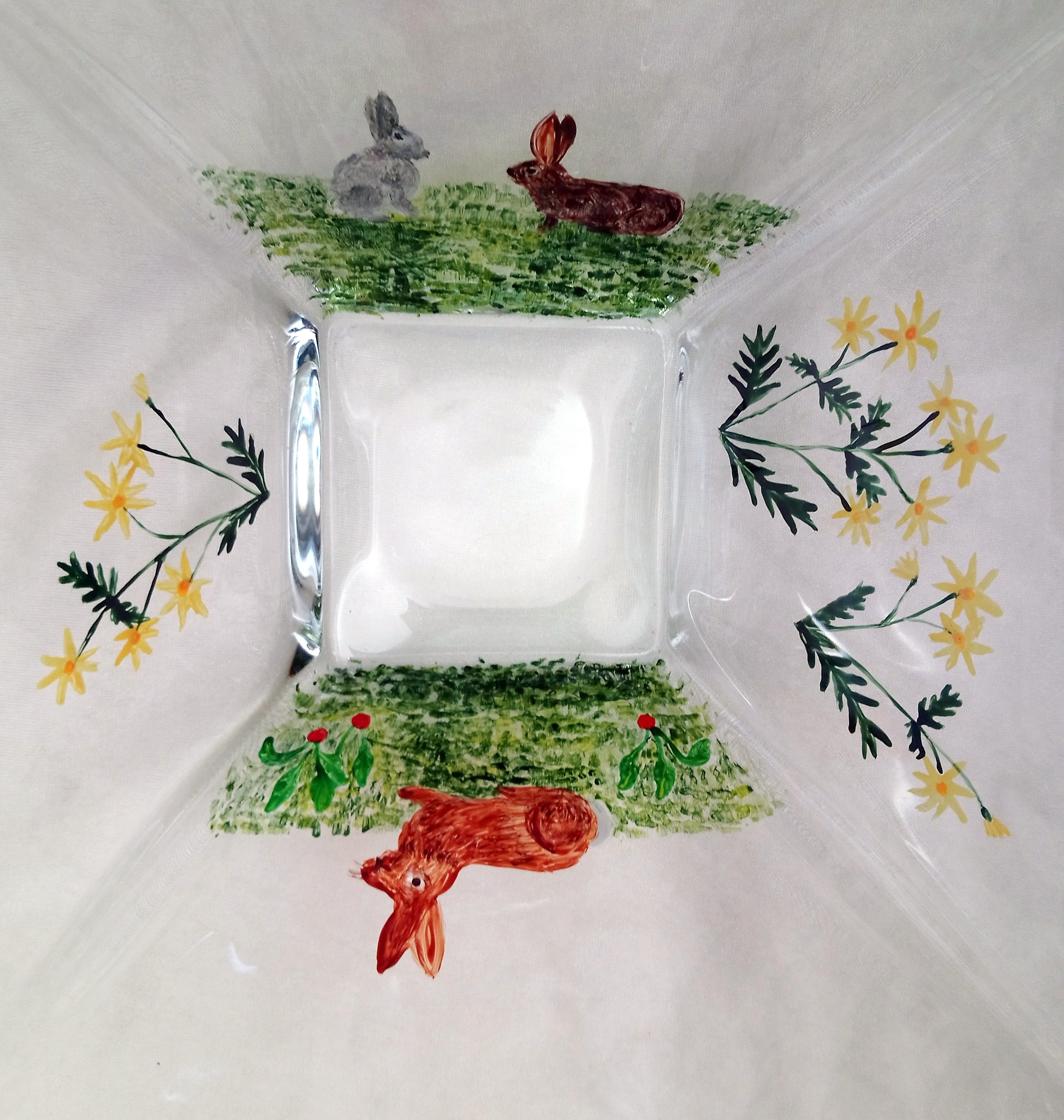 Rabbit square glass bowl painting, view from above